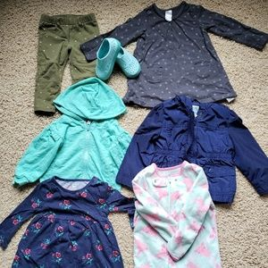 Lot of toddler girls clothing